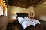 Mongena Game Lodge - Twin Room