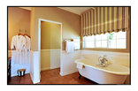Toadbury Hall - French Quarter Suite - bath