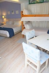 Sandra's Guest House - Periwinkle