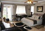Africa Regent Guest House - Deluxe Double Room