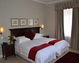 Lemoenkloof Guest House - Luxury Room