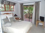 Gordons Bay Guest House - Mountain View Room
