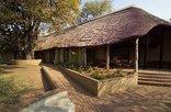 Skukuza Restcamp - Kruger Park - Waterkant guest house 1
