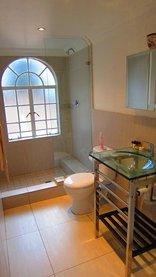 Pheasant Hill B&B - Standard Room Bathroom