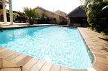 Akanan Guest House - Swimming pool
