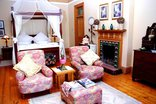 Calderwood Hall Guest House - Victorian Suite