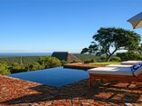 J-Bay Zebra Lodge - Infinity pool