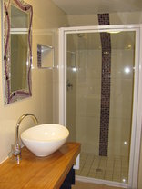 Rose and Ale - Cider Place en-suite shower