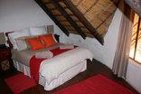 Bushriver Lodge - Marula Rondawel double room