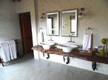Shikwari Game Reserve - Wild Fig family bathroom