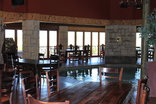 Lekoa Lodge - Restaurant with heated pool