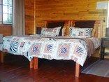 Pine Tree Lodge - Sagewood bedromm
