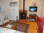 Eastbury  Cottage Self Catering and B&B - Courtyard Suite with fireplace