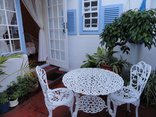 Eastbury  Cottage Self Catering and B&B - Courtyard Suite outdoor area