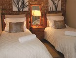 Protea Ridge Guest Cottages & Conference Centre - 3 Bedroom unit - Self Catering