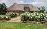 La La Nathi Country Guest House - Sweet Roses