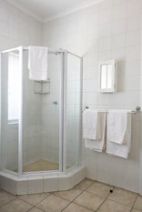 Times Square Executive Suites - Bathroom - Shower