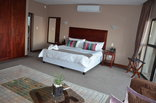 Over the Moon Guesthouse  - Sandton Executive Suite with stunning views of Sandton,Rosebank and Johannesburg