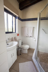 Baobab Ridge Greater Kruger - Family cottage, kids bathroom