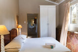 Birdsong Cottages - Kingfisher bedroom