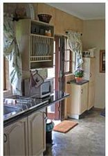Graceland Guesthouse - Silent Wings kitchen