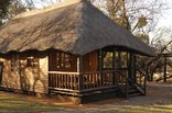 Kumbagana Game Lodge - Wooden cabin chalets