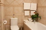 Petit Plaisir Self Catering Cottage - Bathroom