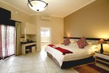 Ibhayi Town Lodge - Standard Double Room
