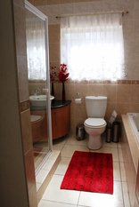La Palma Guest House & Conference Venue - Room 15 Bathroom