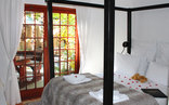 Goblins Mead - Huge four poster bedroom 4 with shared bathroom