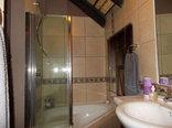 The Rest Zebra Lodge - Nelspruit - Zebra Suite - Jet Bath & Shower