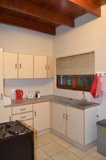 Cedar Cottages Paarl - Kitchen Cottage 1