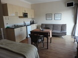 Jenvey House Selfcatering Apartments - Standard Room kitchenette