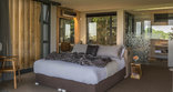 Spanish Farm Guest Lodge - 2 Bedroom Villa Double Room with en-suite