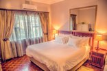 Nauntons Guest House - Room 6 - Superior King Room