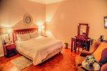Nauntons Guest House - Room 3 - Deluxe Queen Room