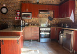 Ex Deo Soenie Self Catering Cottage - Fully equipped kitchen