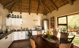 Indalu Game Reserve - Kitchen