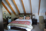Sunninghill Guest Lodge - Top room of the Plantation cottage