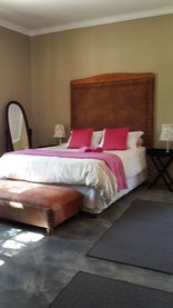 Makarios Lodge - Double bed rooms and single bed rooms available