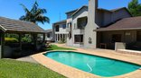 Hilton View Bed and Breakfast - Braai area, Pool