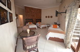 El Cazador Guest House - Luxury Family Room 4