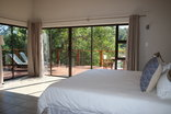 Bushriver Lodge - Hlatifula Main Lodge - Room 5 - Bedroom