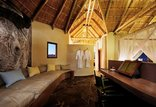 Sandfontein Lodge and Nature Reserve - Suite seating area