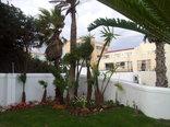 Bread & Barrel Palazzo Blouberg Guesthouse - Garden