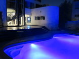 Bread & Barrel Palazzo Blouberg Guesthouse - Swimming pool At night