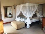 La Vue Parfaite - Main Bedroom
