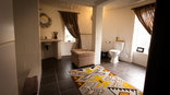 Rorke's Drift Lodge - Kubili Bathroom