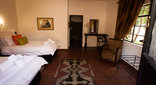 Rorke's Drift Lodge - Kutatu Bedroom