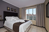 Jozi Apartments - Royal View Unit A